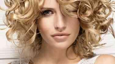 Kullanışlı Kıvırcık Saç Modelleri