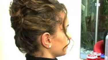 Kıvırcık Saç Nasıl Toplanır?