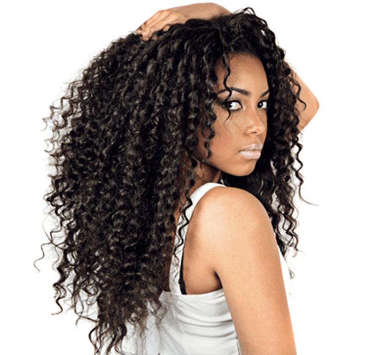 Kıvırcık saçlarla baş etmek için 4 pratik yol